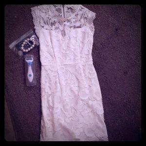 Beautiful dress set of jewelry and micro needle